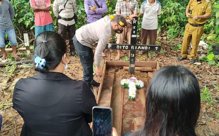 Kapolsek Montallat Hadiri Pemakaman Kembali Anggota Tubuh Rito Riadi Korban Pembunuhan.